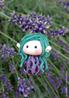 Lovely little Lavender Fairy glass bead