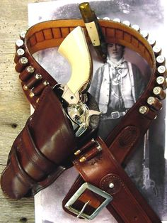 Historic Cowboy Holsters Billy the Kid 45 with gun belt BFD Cowboy Holsters, Western Holsters, Gun Holster, Leather Holster, Rifles, Cowboy Action Shooting, Cowboy Gear, Billy The Kids, Gangsters