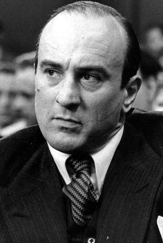 """Robert De Niro as """"Al Capone"""" in The Untouchables"""
