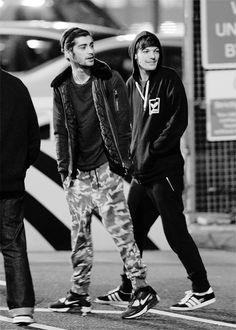 Louis Tomlinson Liam Payne and Zayn Malik Ex One Direction, One Direction Pictures, Louis Tomlinson, Boys Who, Bad Boys, Harry Styles, X Factor, Wattpad, Louis Williams