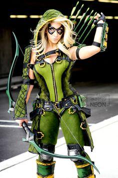 Injustice Gods Among Us Female Green Arrow Cosplay - Raining Neon Dc Cosplay, Cosplay Arrow, Green Arrow Cosplay, Cosplay Anime, Cosplay Outfits, Best Cosplay, Cosplay Girls, Female Cosplay, Pokemon Cosplay