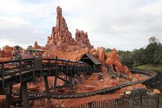 Big Thunder Mountain Railroad | Ranking Every Ride At Disneyland By Scariness