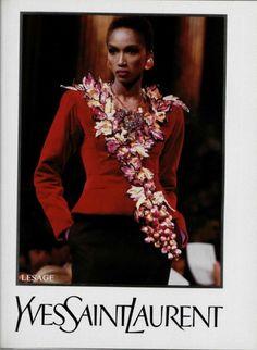 1988-89 - Yves Saint Laurent Couture show - Katoucha . broderie spectaculaire en grappe de vigne de la maison Lesage