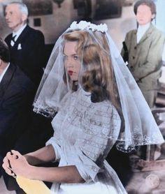 (Source: dollsofthe1960s). i wanna dress up like a bride. love that hair
