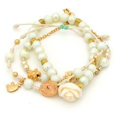 Pulsera perlas, separadores, flor resina en cordón y nudo corredizo