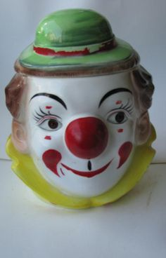 Clown with a green hat Cookie Jar