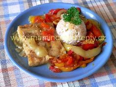 Filé po cigánsku – Maminčiny recepty Baked Potato, Cauliflower, Food And Drink, Potatoes, Vegetarian, Homemade, Chicken, Baking, Vegetables