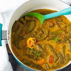 Okra Curry Recipe Okra Recipes, Curry Recipes, Vegan Recipes, Jamaican Recipes, Vegan Meals, Vegan Food, Vegan Vegetarian, Vegan Stew, Vegan Curry