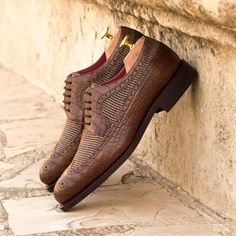 Custom Made Goodyear Welted Long Wingtip Blucher in Brown Croco and Tweed Office Shoes, Office Wear, Custom Design Shoes, Shoe Tree, Hot Shoes, Men's Shoes, Goodyear Welt, Calf Leather, Red Leather