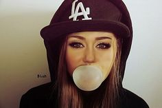 Find images and videos about girl, swag and miley cyrus on We Heart It - the app to get lost in what you love. Swag Style, My Style, Celeb Style, Dodgers, Pretty Girl Swag, Hip Hop Fashion, War Paint, Eye Make Up, Miley Cyrus