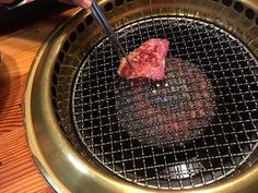 The first slice 🍖 🍖 🍖 #meat #肉 #やきにく #grilledmeat