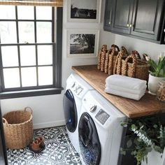 Awesome 90 Awesome Laundry Room Design and Organization Ideas Small laundry room ideas Laundry room decor Laundry room makeover Farmhouse laundry room Laundry room cabinets Laundry room storage Box Rack Home Tiny Laundry Rooms, Laundry Room Organization, Laundry Room Design, Laundry In Bathroom, Organization Ideas, Storage Ideas, Laundry Room Floors, Shelving Ideas, Laundry Room Makeovers