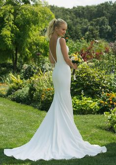 Justin Alexander Sweetheart 11018 wedding dress currently for sale at off retail. Backless Wedding Dresses To Make You Charming On Wedding Day Crepe Wedding Dress, How To Dress For A Wedding, Sheath Wedding Gown, Backless Wedding, Wedding Gowns, Simple Elegant Wedding Dress, Cake Wedding, Wedding Wear, Western Wedding Dresses