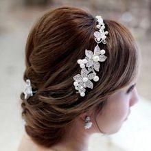 2.015 Módní Crystal Pearl Flower Party Svatební vlasové doplňky Svatební čelenka Tiara Čepice postříbřená ZXC75 (Čína (pevninská část))