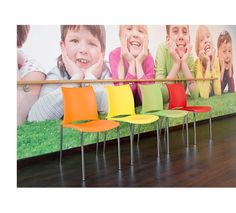 The 2200 ¡Hola! stacking chairs add a nice colourful touch to the environment.