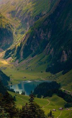 #Switzerland http://en.directrooms.com/hotels/country/2-6/