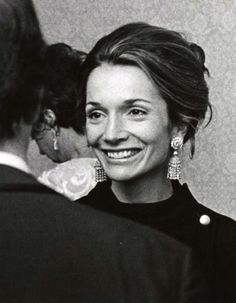 LA GLAMUROSA VIDA DE LEE RADZIWILL | June Lemon Jukebox | Life, Style, Love