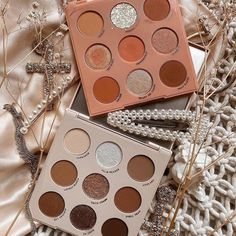 Colour Pop Makeup, Neutral Makeup, Aesthetic Eyes, Aesthetic Makeup, Colourpop Cosmetics, Makeup Cosmetics, Shimmer Eyeshadow Palette, Eyeshadow Pallettes, Beauty Makeup