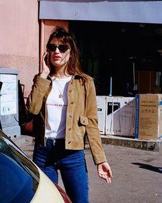 Jeanne Damas lança linha de roupas com peças que representam o estilo francês