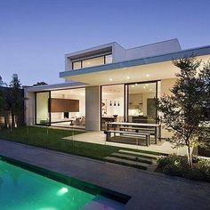 modern.architect's photo on Instagram