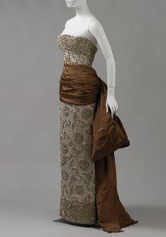 Evening dress, fall/winter 1950  Cristobal Balenciaga (Spanish, 1895–1972)  Silk, beads, rhinestones
