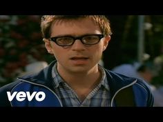 Music video by Weezer performing Island In The Sun. (C) 2001 Interscope Geffen (A&M) Records A Division of UMG Recordings Inc.