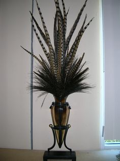 ELEGANT FEATHER ARRANGEMENT FOR OFFICE OR HOME, FALL COLORS