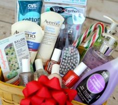 Looking for a fun holiday gift idea? How about a DIY Manicure Gift Basket with all your favorite nail care products? Christmas Gift Baskets, Homemade Christmas Gifts, Holiday Gifts, Christmas Diy, Unique Christmas Gifts, Holiday Ideas, Gift Baskets For Men, Themed Gift Baskets, Raffle Baskets