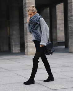 Hi Mädels, mein absolutes Must-Have in . Hi Mädels, mein absolutes Must-Have in diesem Winter: Wildleder Overknee-Stiefel. Hi girls, my Must-Have for this winter: Suede Overknee-Boots! Mode Outfits, Casual Outfits, Fashion Outfits, Womens Fashion, Petite Fashion, Latest Fashion, Fashion Ideas, Fashion Trends, Street Looks