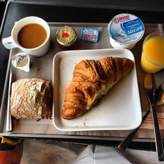 Swiss Train breakfast, via Flickr.