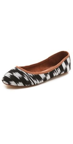 Osborn Printed Ballet Flats. I miss my old shoes :(