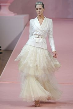 Alexis Mabille Spring Couture 2013 - Slideshow - Runway, Fashion Week, Reviews and Slideshows - WWD.com