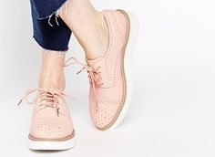 Slideshow: Oxfords! Brogues! Derbies! Meet 27 Of Fall's Coolest Lace-Ups