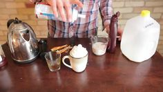 Video: How to Make a Raspberry Mocha Latte Without a Machine