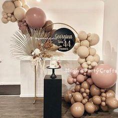 Decoration Evenementielle, Diy Party Decorations, Birthday Decorations, Balloon Decoration For Birthday, Wedding Balloon Decorations, Birthday Backdrop, Balloon Backdrop, Balloon Garland, Party Garland