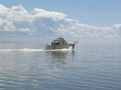 An amazing prairie ocean--Lake Winnipeg. www.gaylehalliwell.com Lake Winnipeg, Close To My Heart, Ocean, Boat, Memories, Amazing, Image, Memoirs, Dinghy