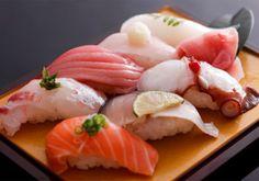 Sushi Love, Best Sushi, Indian Food Recipes, Asian Recipes, Sushi Party, Sushi Recipes, Sashimi, I Love Food, Japanese Food