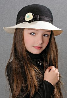 ALALOSHA: VOGUE ENFANTS: New Season Fw'17: Picking up Laura Biagiotti hats for…