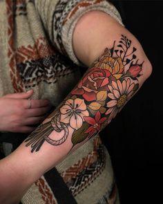 Piercings and Tattoos - Floral half sleeve, arm tattoo with autumn colours Cute Tattoos, Beautiful Tattoos, New Tattoos, Body Art Tattoos, Tatoos, Tattoos Pics, Henna Tattoos, Pretty Tattoos, Finger Tattoos