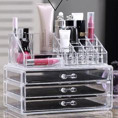 Removable sliding drawers. 1 x Cosmetic Organizer Storage Display Box. Material: Acrylic. Made of Durable Clear Acrylic. Great for displaying and organizing your makeup cosmetics or jewelry. Note: Due to the difference between different monitors, the picture may not reflect the actual color of the item.   eBay!