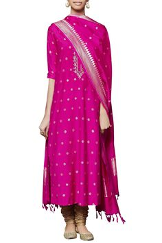 Hot pink silk embroidered kurta set by Anita Dongre - Shop at Aza India Fashion, Ethnic Fashion, Indian Dresses, Indian Outfits, Indian Clothes, Couture Outfits, Fashion Outfits, Kurta Patterns, Indian Designer Suits