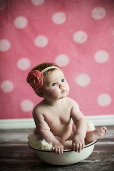 6 month baby portrait. www.jacquelinepho...