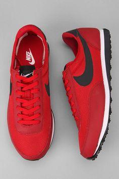 Nike shoes Nike roshe Nike Air Max Nike free run Nike USD. Nike Nike Nike love love love~~~want want want! Sneakers Mode, Sneakers Fashion, Ladies Sneakers, Tenis Casual, Cheap Nike Air Max, Nike Free Runs, Nike Free Shoes, Nike Shoes Outlet, Clothes