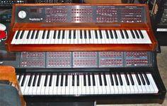 New England Digital : Synclavier  old keyboard & new keyboard