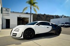 You will ❤ MACHINE Shop Café... ❤ Best of Bugatti @ MACHINE ❤ (Bugatti ƎB Veyron Super Sport Pur Blanc Black & White Version)