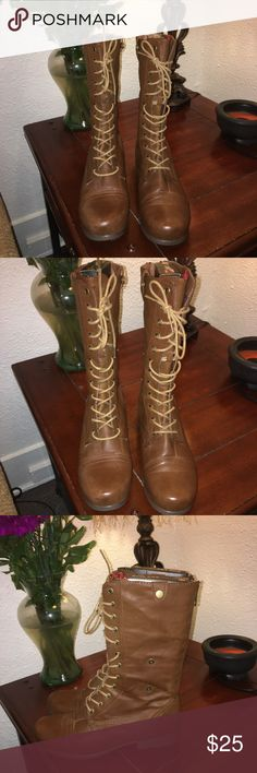 Size 8.5 Forever 21 Brown Combat Boots👢 Worn Once Or Twice - In Brand New Condition Very Nice And Comfortable!🤪 Forever 21 Shoes Lace Up Boots