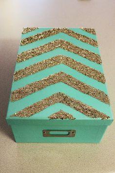 Rookie Crafter: Chevron Aqua Sparkle Box