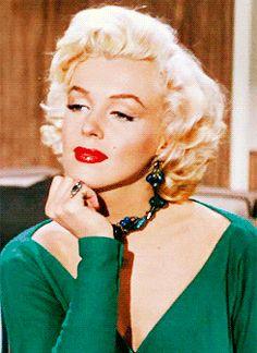 "GIF : Marilyn Monroe ""Gentlemen Prefer Blondes"" 1953"