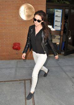 """Kristen Stewart Photos: Kristen Stewart Changes Her Look For """"Live With Kelly"""""""