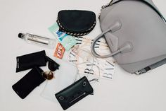 What's In Jennifer Zeuner's Bag (14)